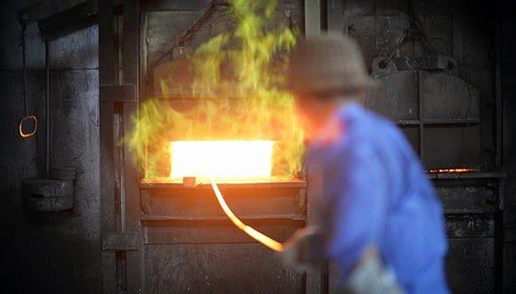 """重庆钢铁:""""混改""""让百年钢企浴火重生"""